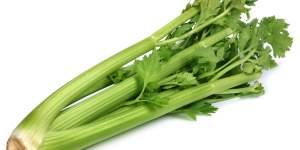 Rau cần tây là một loại rau chứa nhiều chất dinh dưỡng