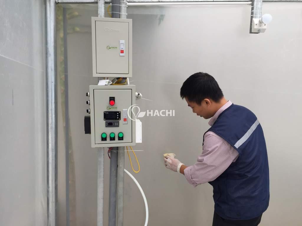 Bộ cảm ứng giúp khách hàng có thể biết chính xác các thông số ánh sáng, độ ẩm, chỉ số pH, TDS,... mà chỉ cần thông qua một chiếc Smartphone có kết nối internet